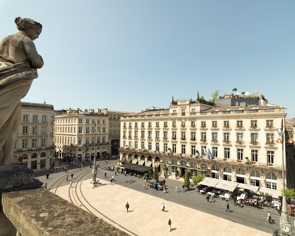 Ihg opens its fifth intercontinental hotel in france for Hotels near bordeaux france